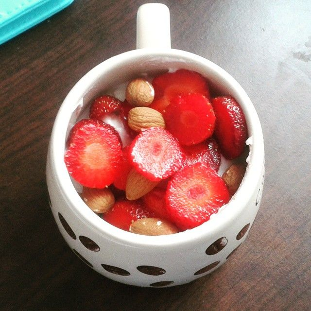 Tasty snack :-) #strawberries #fitness #healthy
