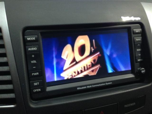 Aire Acondicionado, Asientos con calefacción, Asientos eléctricos, Bluetooth, CD, Climatizador, Elevalunas eléctricos, Radio CD MP3, Retrovisores ext plegables eléctricamente, Sistema de entrada y arranque sin llave, Sistema de navegación, Tapicería de cuero, Techo solar, ABS, Airbag acompañante, Airbag conductor, Airbag laterales, Cierre centralizado, Control de tracción, ESP, Faros Xenon, Inmovilizador electrónico, Sensor de distancias para aparcar, Tercera luz de freno, 4x4, Baca.....