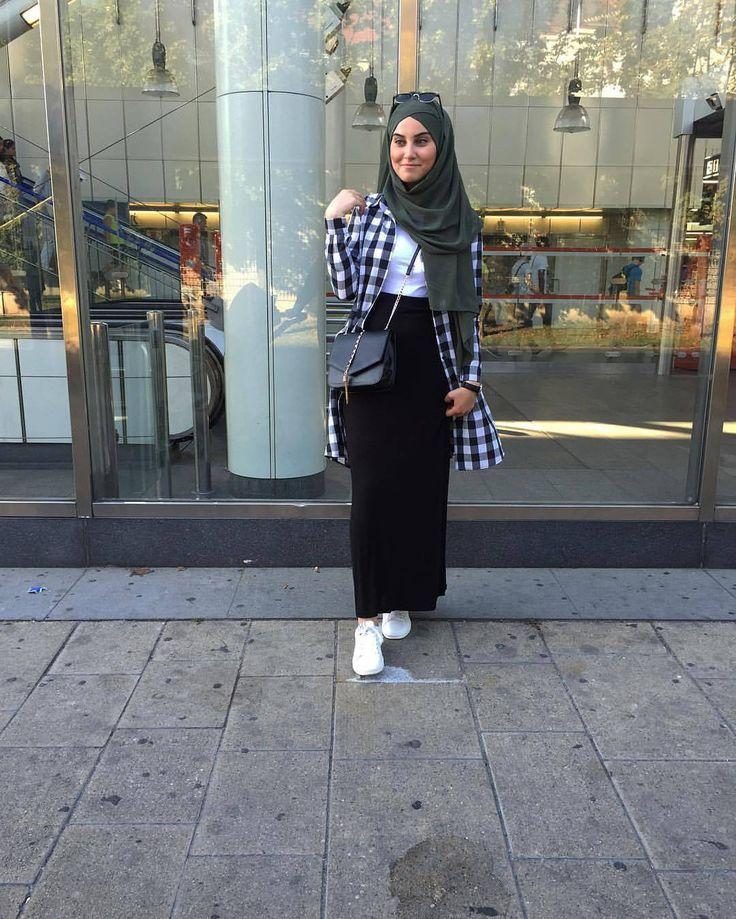 Nicee  @esma__tkn ♡♡♡♡♡♡♡ .. . #tesettur#hijabfashion #hijabstyle #hijabbeauty #winter #beautyblogger #hijabstyleicon #beauty #hijab #hijabmurah #hijabinstan #hijabblogger #hijabmurah #hijabers #hijabtutorial #hijabvideo #beautiful