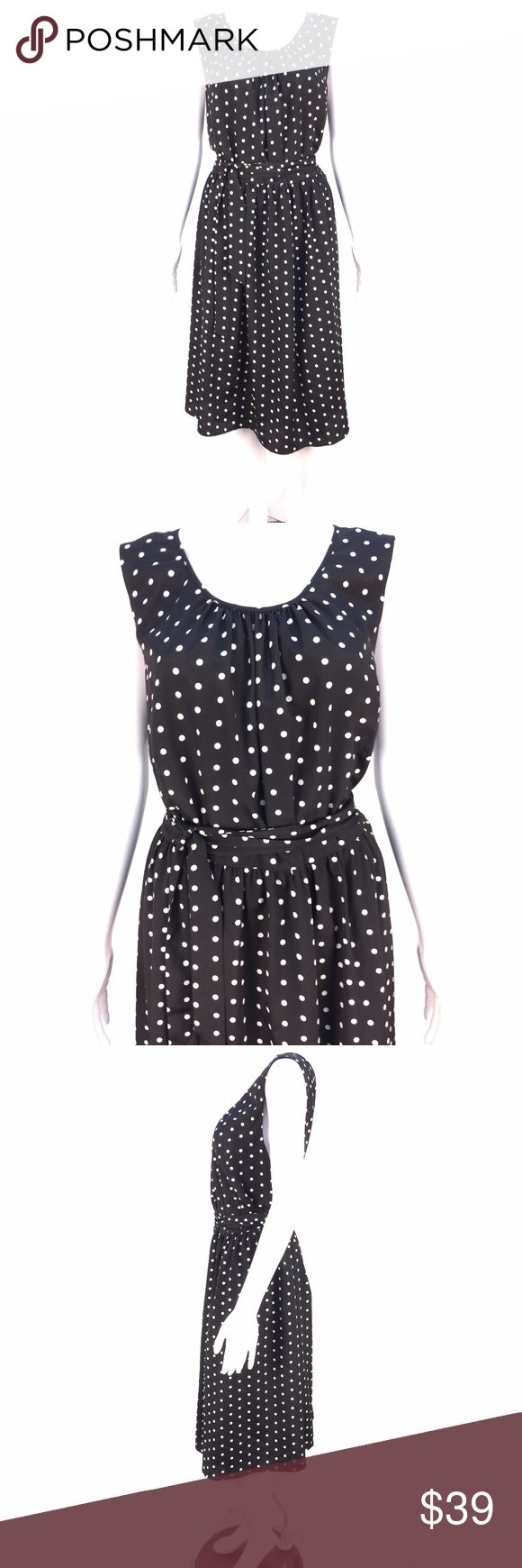 "Talbots Woman Plus Sz 16W Black White Dress *  Talbots Woman Plus Sz 16W Black White Polka Dot Sleeveless Dress Belted  * Super cute retro-style black and white polka dots; coordinating tie at waist; midi length; pull on style; keyhole closure in back  * Please see below for measurements; all measurements taken with garment lying flat.  Please see all photos for complete condition assessment.  Shoulder to Shoulder: 15"" Armpit to Armpit (Bust): 24"" Waist: 22"" Overall Length: 42"" Sleeve: N/A…"