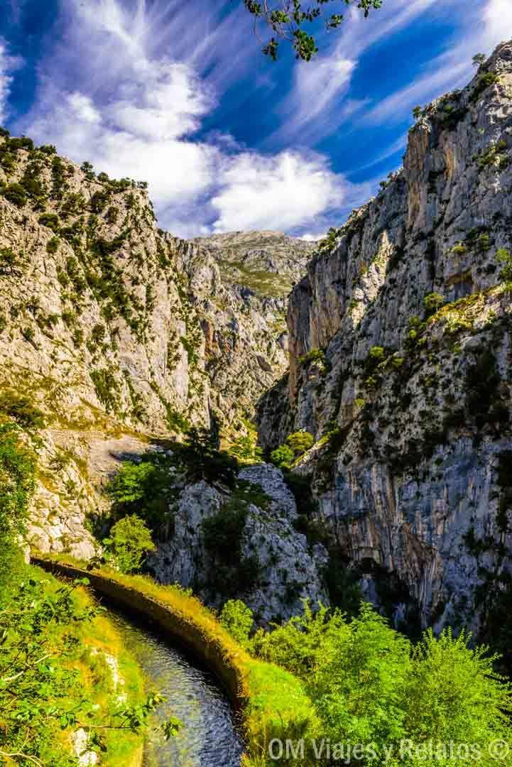 La Ruta Del Cares Desde Caín La Senda Más Espectacular De Los Picos De Europa Picos De Europa Rutas De Senderismo Gruta De Las Maravillas