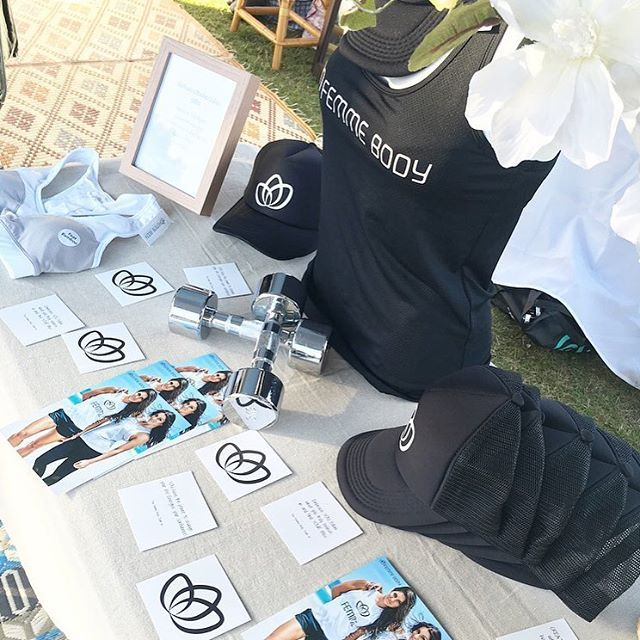 MARKET VIBES | We are at the Gold Coast Design Collective Market at the Jack Evans Boat Harbour  It's a perfect afternoon - Tunes, treats and @femmebodyactive • Come say hello  #femmebodyactive #activewear #markets #fitness #goodvibes #athleisure #athletic #weekend #lifestyle #feminine #luxury #love #fun #happyvibes