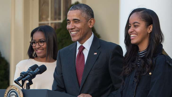 Barbara Bush and Jenna Bush Hager offer advice to Sasha and Malia Obama as they prepare to leave the White House.