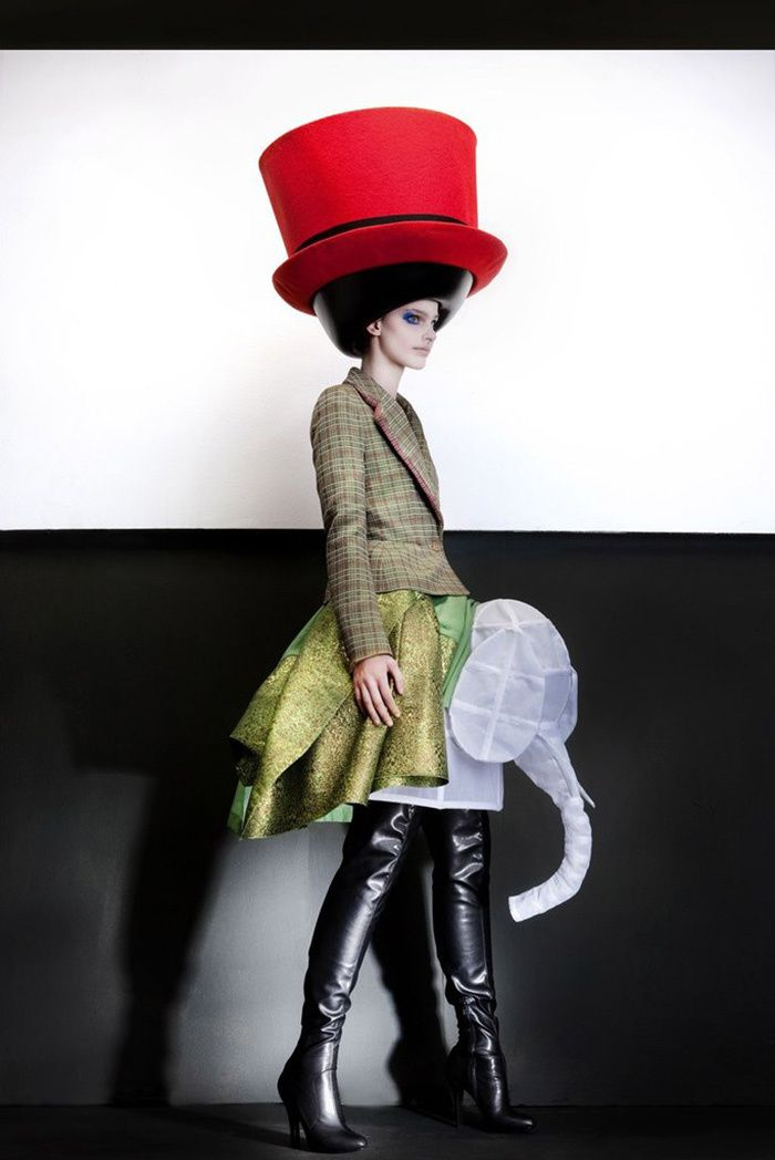 Les expositions de la rentree : The Vulgar: Fashion Redefined