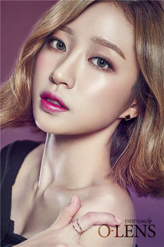 EXID's Hani shows off elegant lenses for 'O-LENS'   allkpop.com