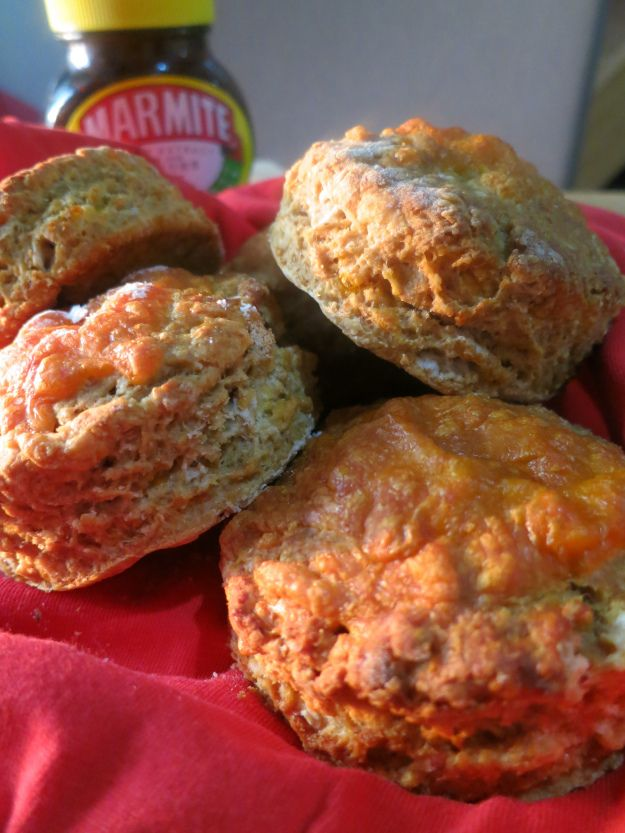 Love it, or hate it? Either way, you can't deny the fact that these cheese and Marmite #scones look delicious!