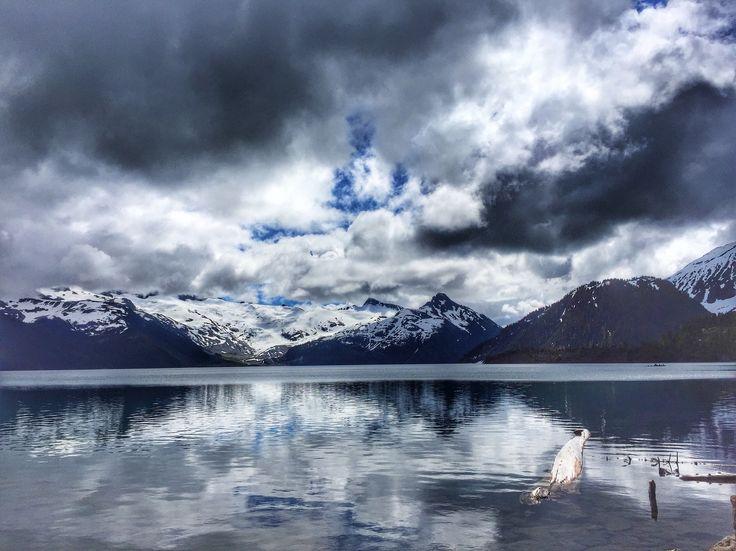 Hiking Garibaldi Lake in BC #hikeBC #ExploreBC #VancouverTrails
