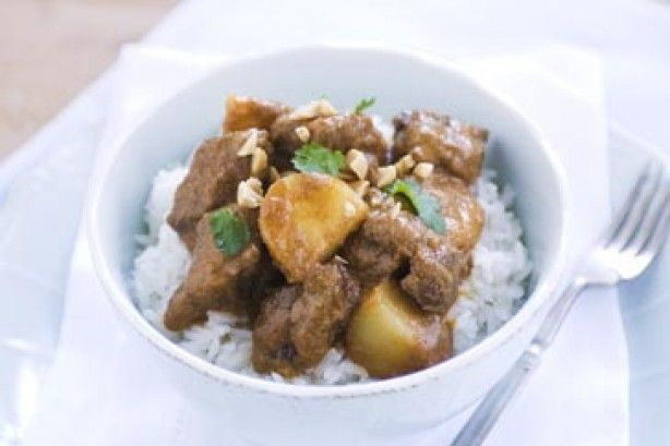 This Massaman curry is rated 5 stars for good reason.