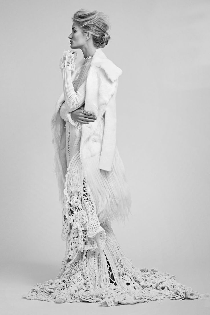 mmja251995: mmja251995 Rosie Huntington-Whiteley by James Macari for Vogue Mexico, November 2014.