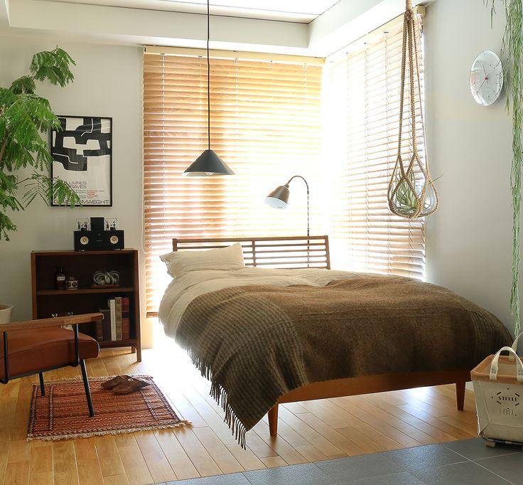 ブラウンを基調とした、落ち着いた雰囲気のベッドルーム Re:CENO INTERIOR STYLING BOOK