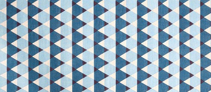 Web Design Inspiration - http://cssgold.com/oyyo/