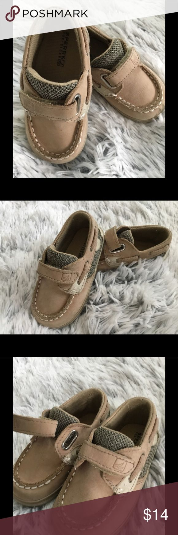 SPERRY lanyard boat shoes pre-walk, 4M, mint Excellent preowned, worn maybe twice.  Tan suede 4M Bluefish lanyards, leather upper,  velcro straps. Sperry Top-Sider Shoes Baby & Walker