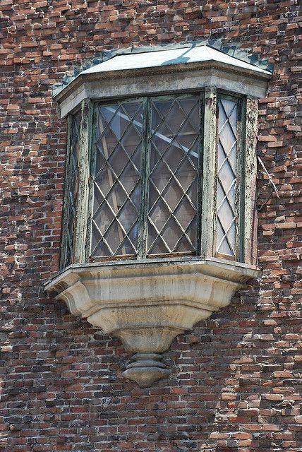 Oriel Window On An Old Tudor Revival In Los Angeles