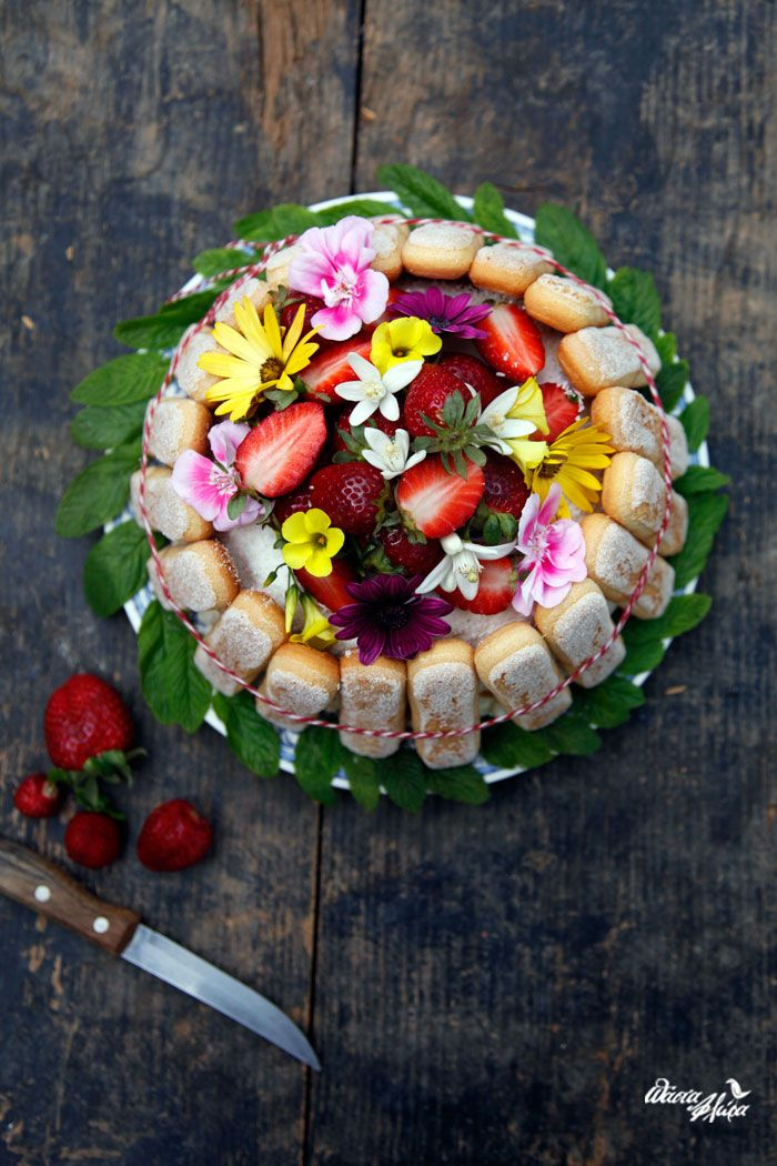 Pineapple Cake | Pasta Flora