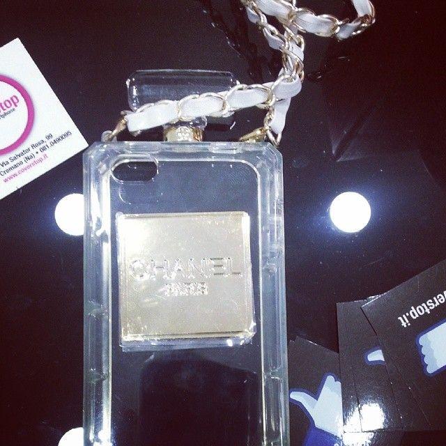 Chanel per iPhone e Galaxy #chanel #profumo #cover
