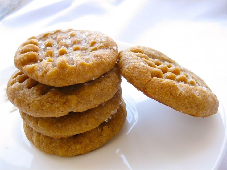 ... | Vegan peanut butter cookies, Lo mein noodles and Peanut sauce