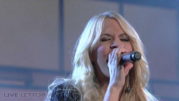 Carrie Underwood - Cowboy Casanova (Live on Letterman) (+playlist)