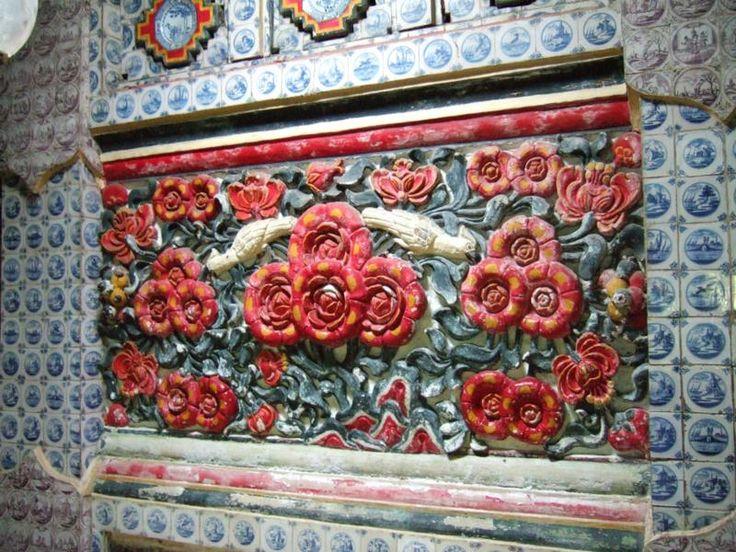 Cirebon, Porcelain Tile And Relief Keraton Kasepuhan: Lokawisata Keraton Kasepuhan Cirebon