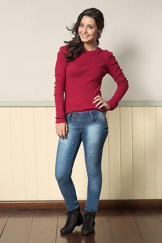 M2A Jeans | Fall Winter 2014 | Teen Collection | Outono Inverno 2014 | Coleção juvenil | peças | calça jeans feminina; blusa vermelha feminina; jeans; demin.