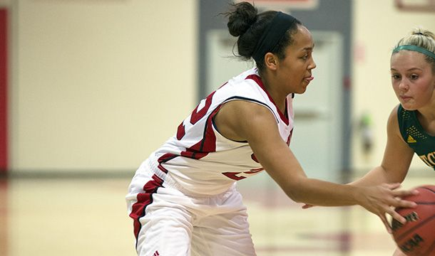 Worcester, Mass. – Dominique Saint Pierre (Portsmouth, N.H.) scored seven straight points over a two minute span lifting host Clark University to a thrilling 41-36 win over Wellesley College in New England Women's And Men's Athletic Conference (NEWMAC) women's basketball action on Wednesday evening.