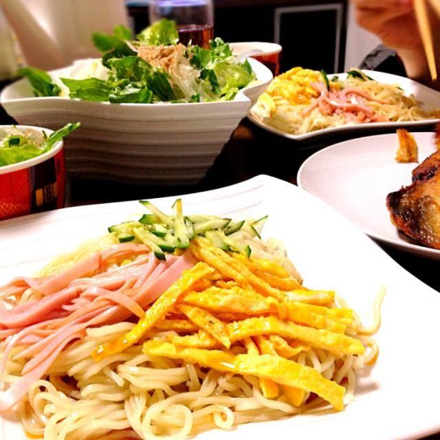 病み期なので、簡単にできるものばっかりです(。-_-。)最近、よく野菜もお魚も食べてくれるw ありがとう( ^ω^ )♪ - 12件のもぐもぐ - *豆腐サラダ・中華そば・ほっけ* by ookawa