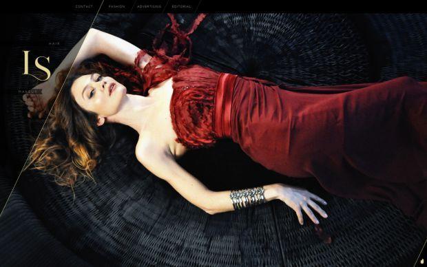 Sandra Lovisco - Italian Hair and Make-up artist for fashion - Webdesign inspiration www.niceoneilike.com