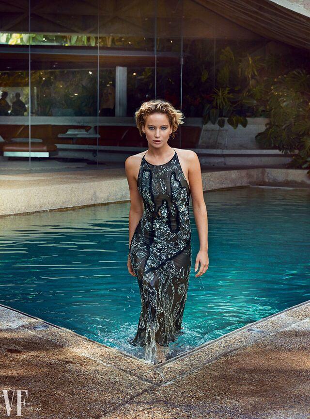 Jennifer Lawrence, photographed by Patrick Demarchelier for Vanity Fair, Nov 2014.