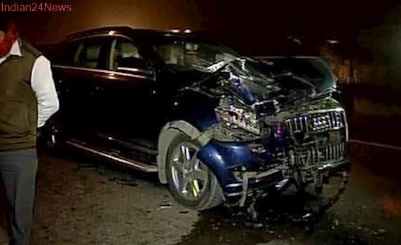 Awesome Audi 2017: Audi SUV rams into auto in Ghaziabad, 4 dead...  India Check more at http://carsboard.pro/2017/2017/04/03/audi-2017-audi-suv-rams-into-auto-in-ghaziabad-4-dead-india/