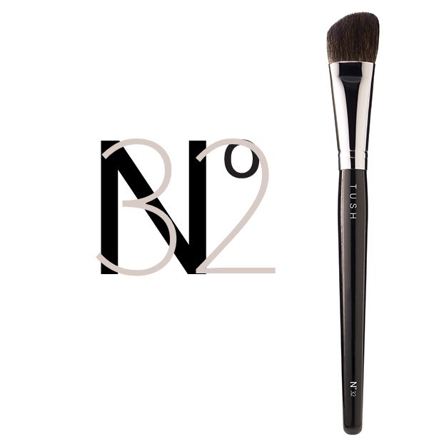 Nr 32 Extra Small Contour Face Brush. A smaller sized version of the perfectly angled contour face brush made of the softest natural bristles. Designed to perfectly sculpt the cheeks, facial contours and décolleté. Available at www.tushbrushes.com