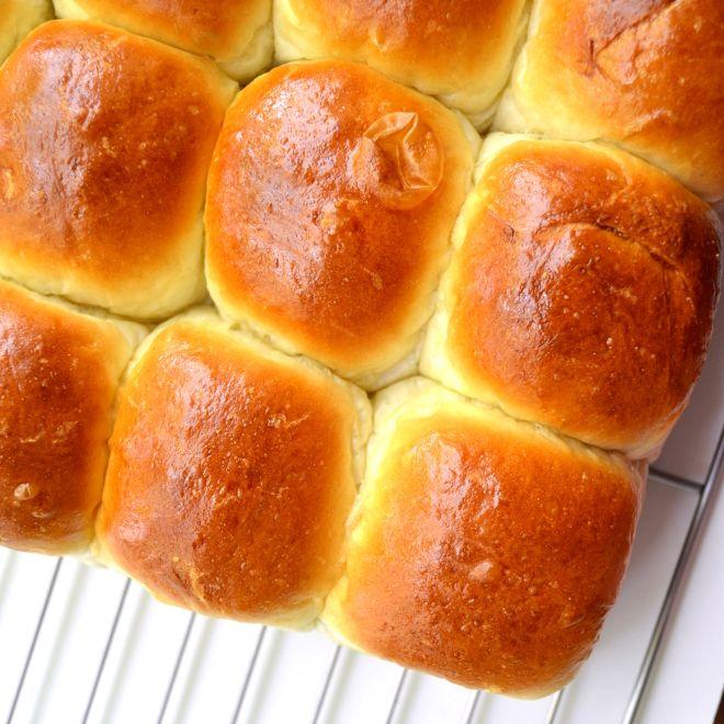 ridiculous homemade slider buns.