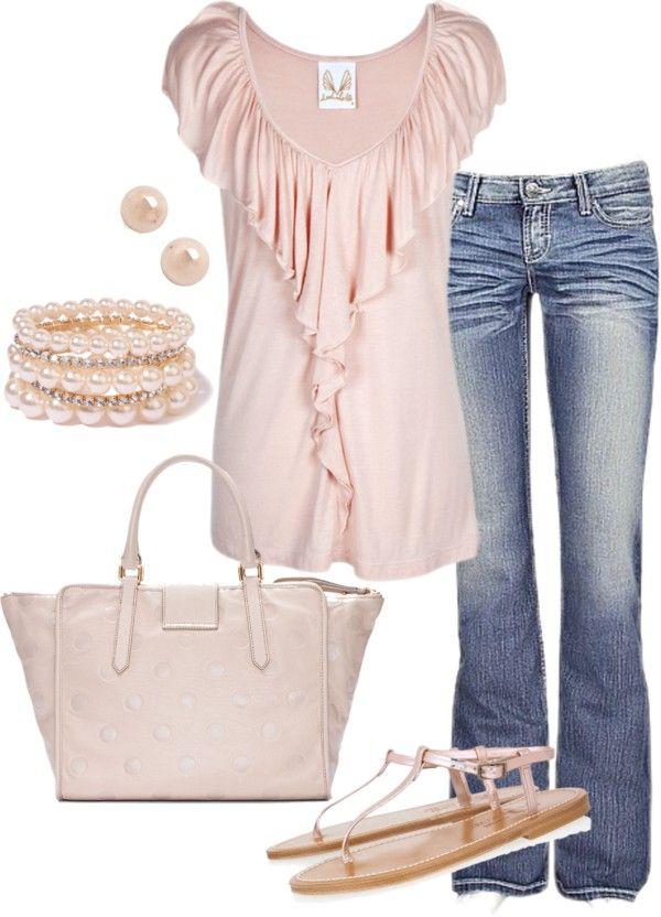 pretty in pink...Leuk voor een dagje naar de stad, sightseeing tijdens je vakantie! #Vakantie #mode #Vakantiehuizen