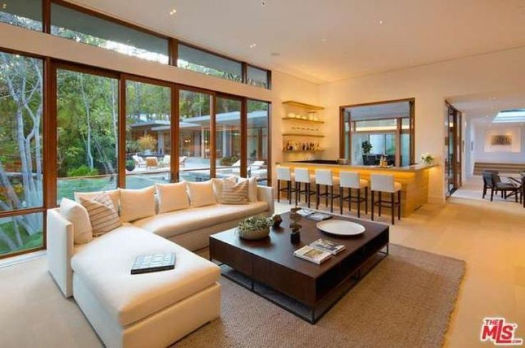 La mansión de 13 millones que Ricky Martin compró para vivir con su futuro marido | Fashion TV