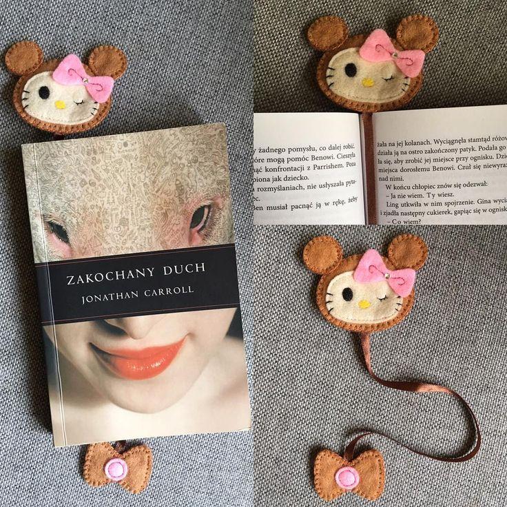 Dziewczyńska zakładka 😉#prezent #sprzedam #nasprzedaz #filc #niezchinzpasji #szycie #zakladka #zakladkadoksiazki #bookmark #hellokity #kotek #dladziewczynki #kochamczytać #design #instacraft #forsale