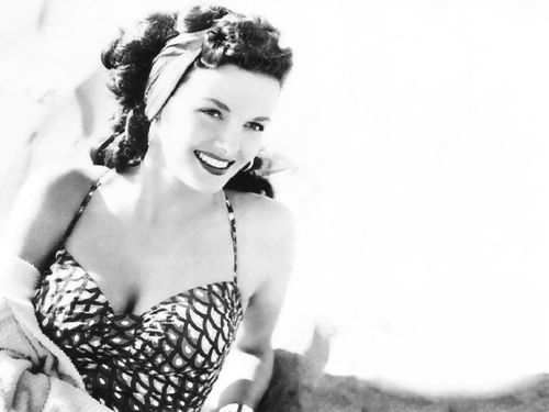 Jane Russell, 1940s glamour