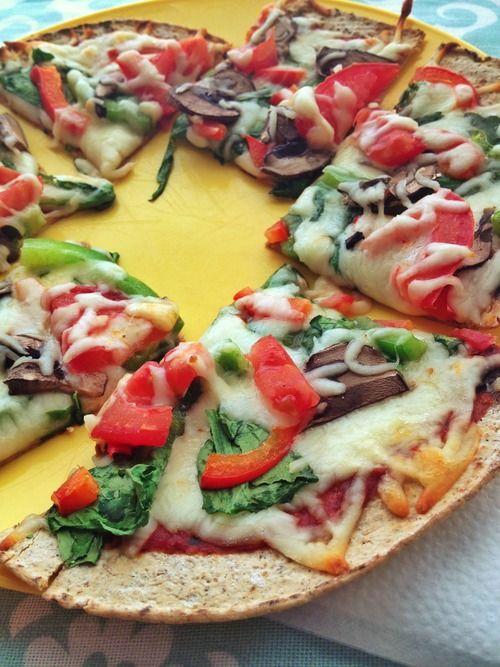 Healthy #pizza, with flatbread, mozzarella, and veggies!