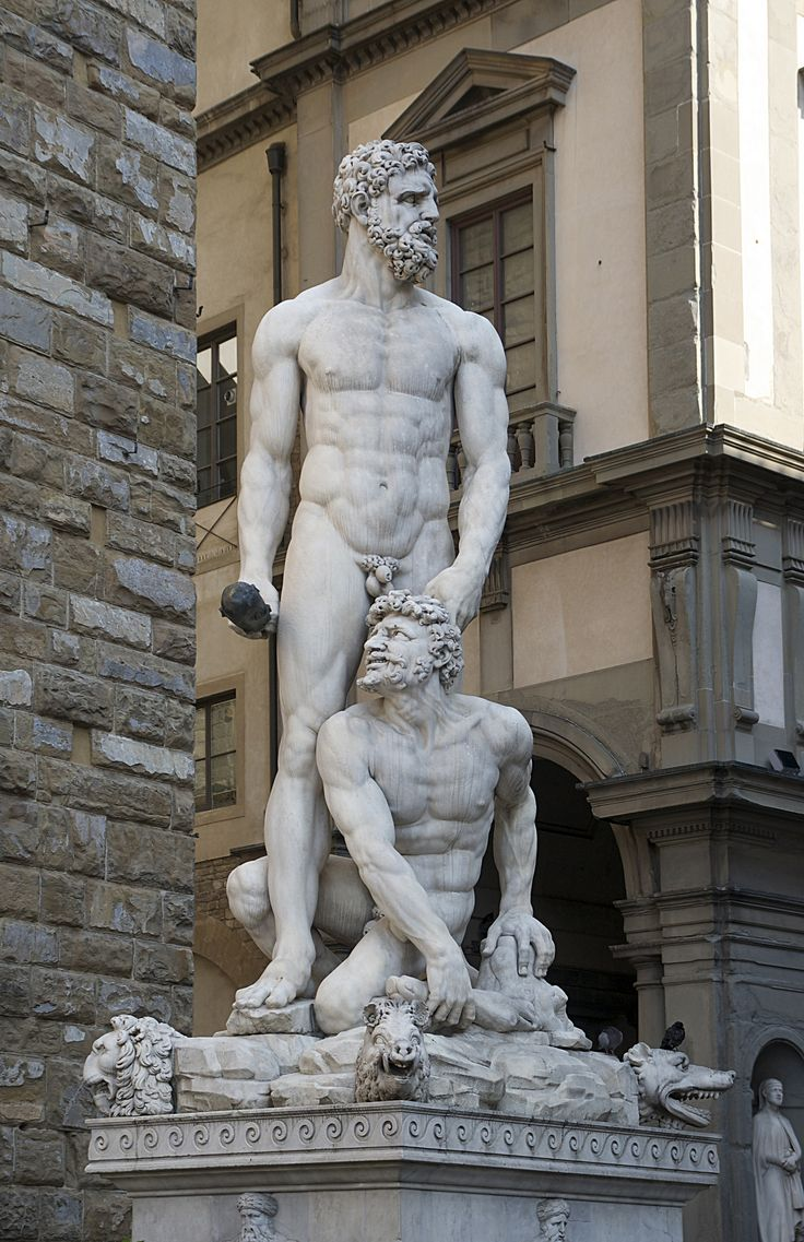 Statue of Hercules & Cacus by Baccio Bandinelli in front of the Palazzo Vecchio in Florence, Italy.