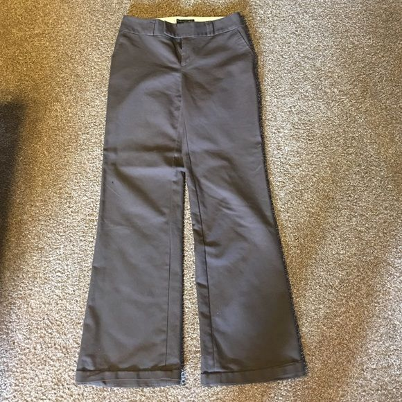 SALE Banana Republic pants Stylish and professional, you will look amazing in these brown pants from Banana Republic. Like new condition. Banana Republic Pants Boot Cut & Flare