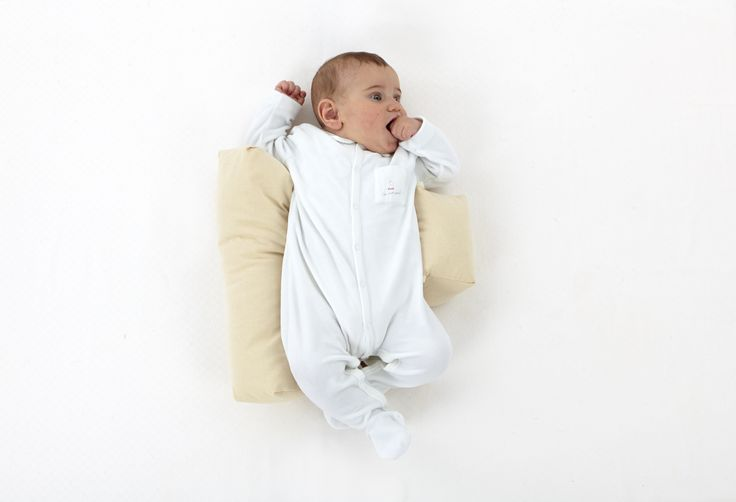 Cuscino per neonato in pula di farro dormisicuro, Nati Naturali. Ideale per favorire il sonno del bambino in posizione corretta e rilassare il bebè.