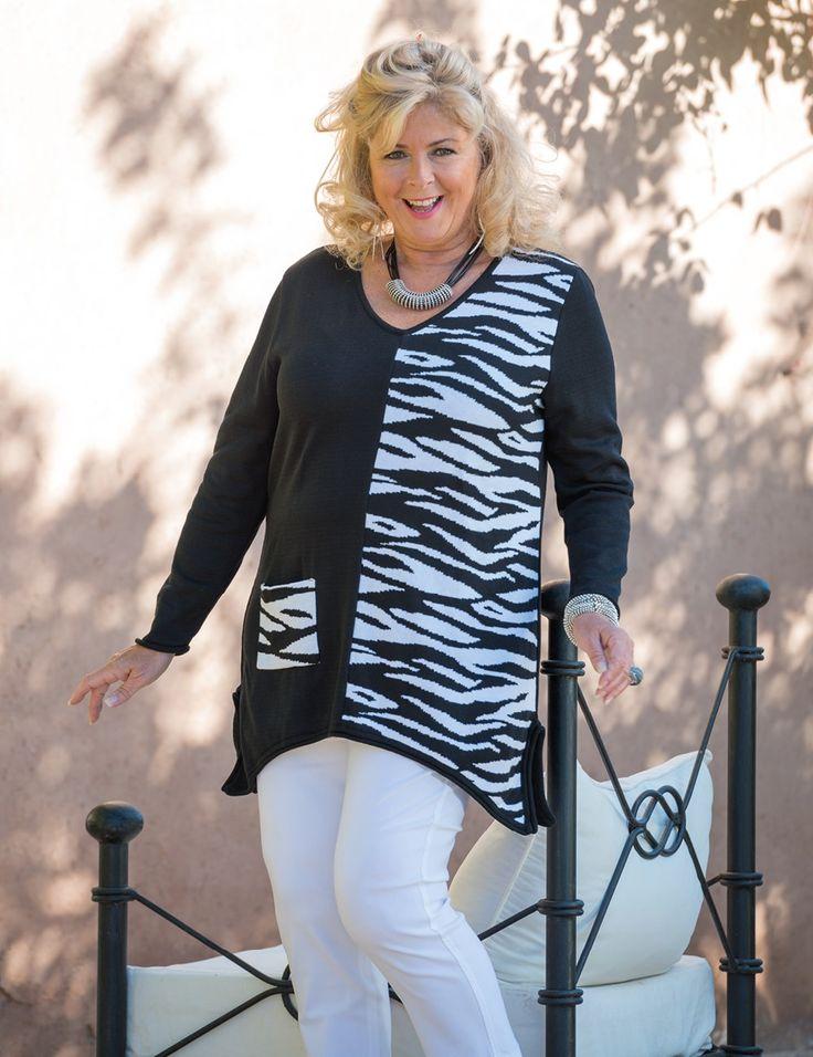 Box+2+black/white+zebra+jumper