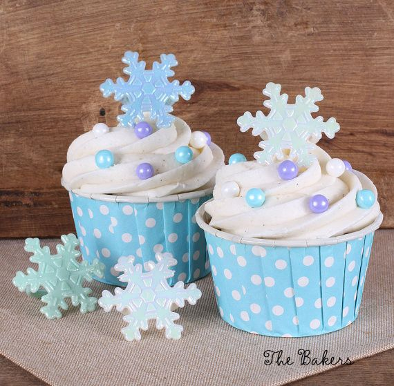 Iridescent Frozen Snowflake Cupcake Rings