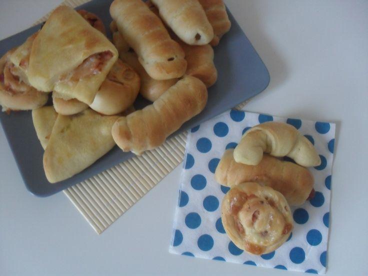 Questa pasta rosticceria è molto semplice e versatile,potete usarla per preparare tanti rustici e rusticini adatti alle feste per bambini,feste in generale e come finger food.
