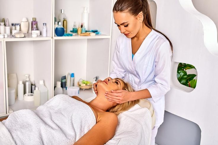 Hitting the (Med) Spa This Holiday Season? Read These Safety Precautions First! #30secondmom