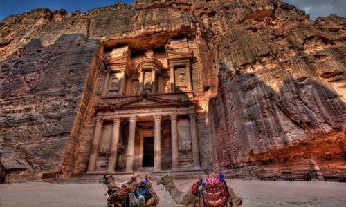 ヨルダンの「ペトラ遺跡」!映画『インディージョーンズ/最後の聖戦』で使われた遺跡