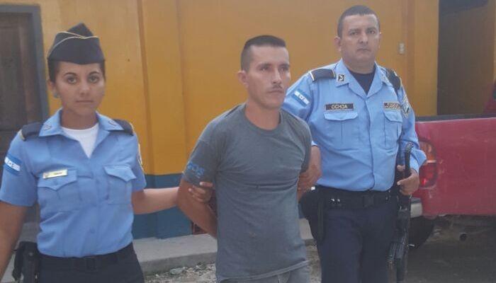 Detienen a sujeto acusado de violar a su propia hija y a otra menor de 15 años