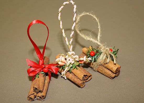 Cinnamon Stick Firewood Stack Christmas Ornament Tutorial