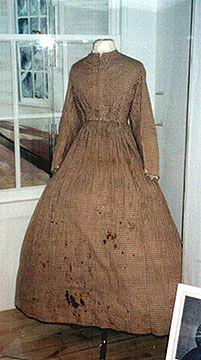 Dress worn by nurse in the Civil War