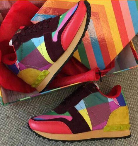 Encontrar Más Moda Mujer Sneakers Información acerca de Foto del 2015 de primavera / otoño de las mujeres reales de piel rayas de colores arco iris del color del encanto remaches plataformas zapatillas zapatos, alta calidad el zapato pasado, China zapatillas de deporte rey zapatos Proveedores, barato zapatillas de deporte zapatos de los hombres de GO SHOPPING Online   en Aliexpress.com