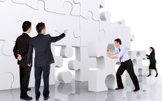 La importancia para la agencia inmobiliaria de implementar un modelo organizacional efectivo que le permita desarrollarse como empresa.