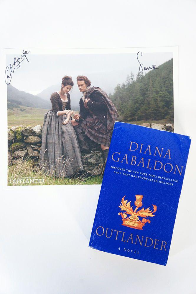 Outlander novel signed Jamie Fraser Clair Randall Diana Gabaldon Ronald Moore