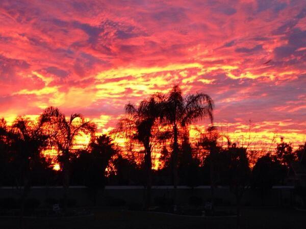 Sunrise in Bakersfield California #todaysunrise pic.twitter.com/GVmdhWIwnp
